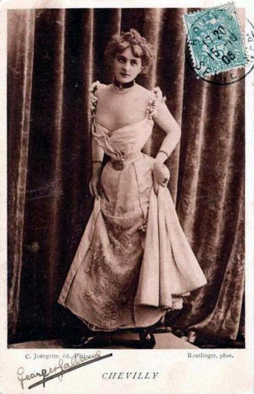 vintage-cabaret-girls-4-hc