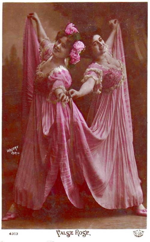 vintage-cabaret-girls-37-ng