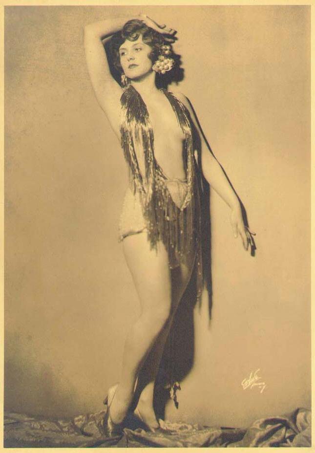 vintage-cabaret-girls-104-np
