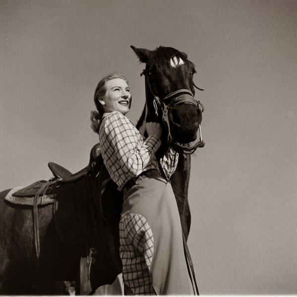 American Cowgirls of the 1940's (12)