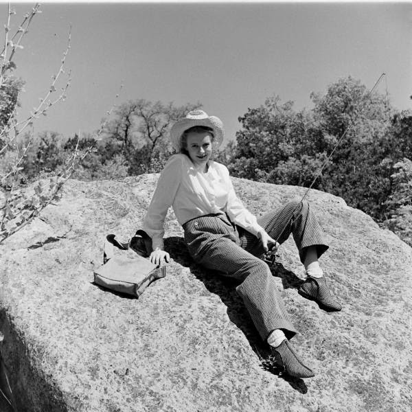 American Cowgirls of the 1940's (13)