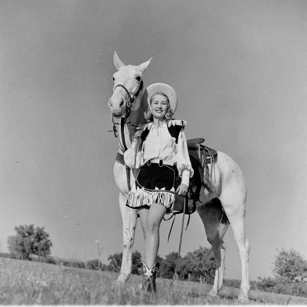 American Cowgirls of the 1940's (17)