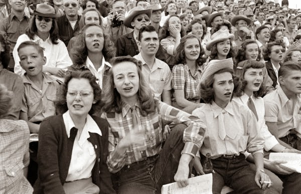 American Cowgirls of the 1940's (26)