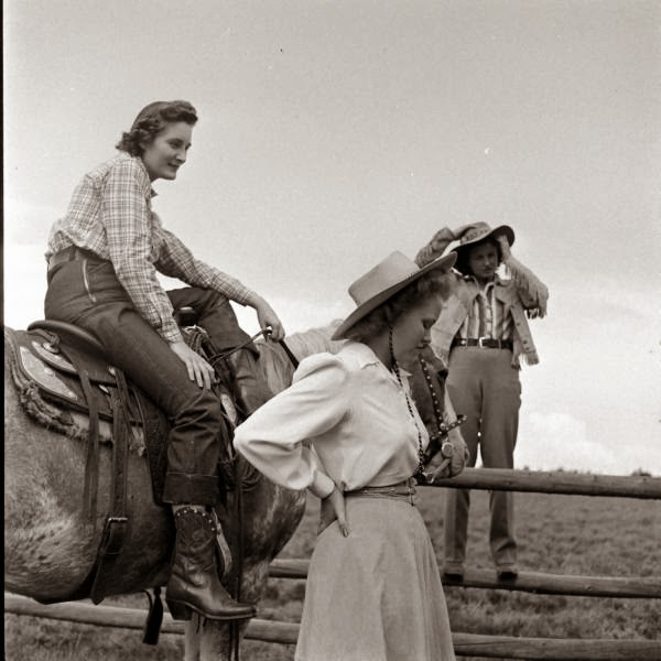 American Cowgirls of the 1940's (34)