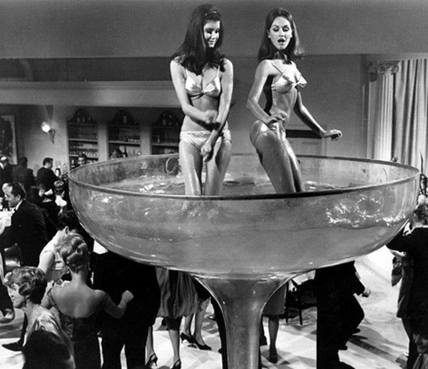 New-Years-Eve-party-1960s.
