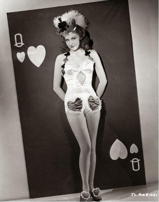 vintage-valentines-day-pinup_joan-leslie