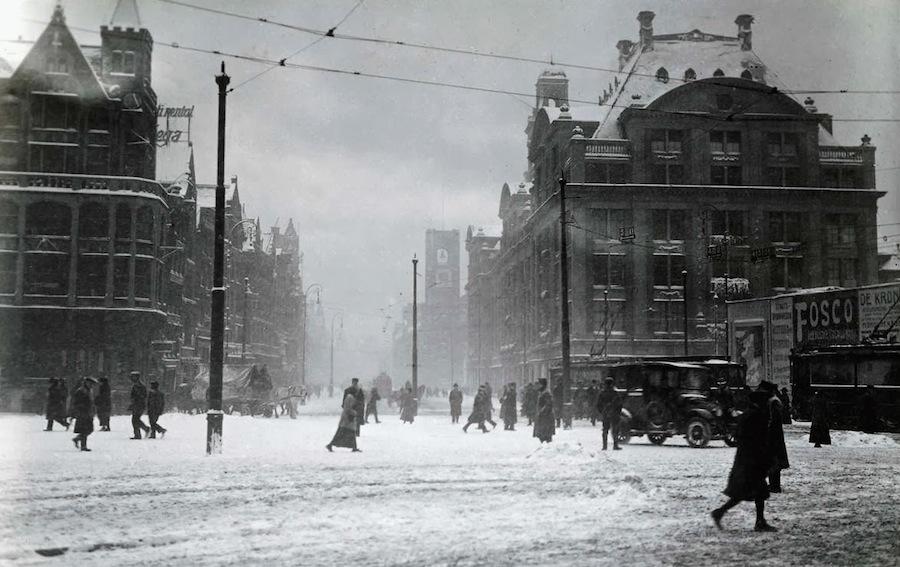 Winter in Amsterdam, 1917 (3)