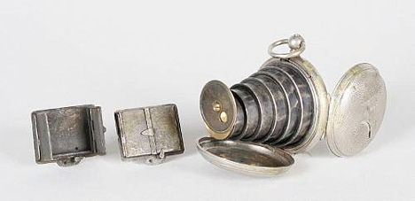 lancaster-pocket-watch-camera