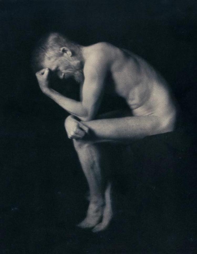 George-Bernard-Shaw-Posing-Rodins-Thinker