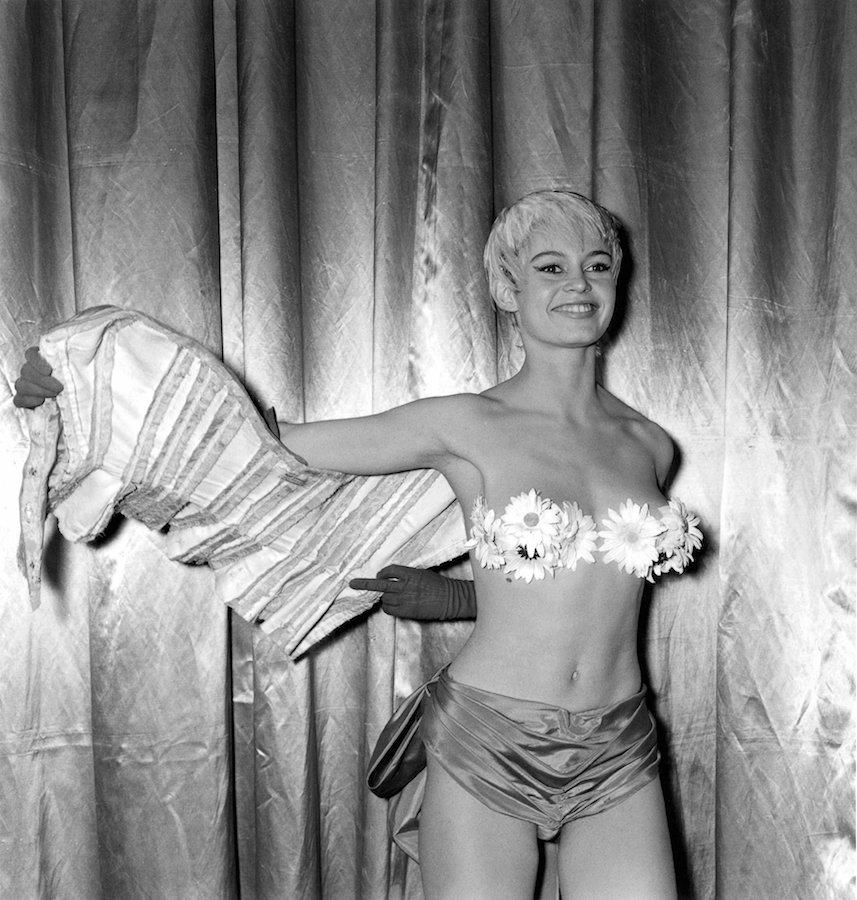 Annex - Bardot, Brigitte (Mademoiselle Striptease)_03