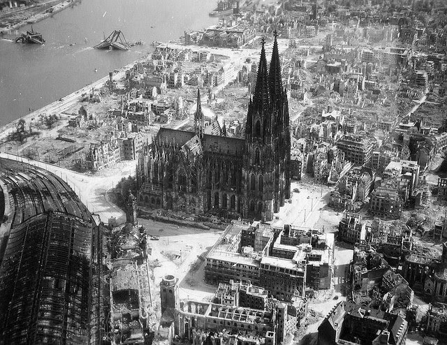 Destroyed Germany in the Second World War (1)