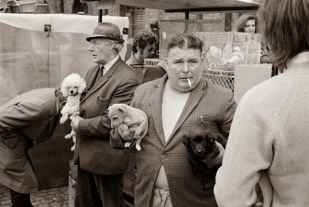 Street Scenes of England in the 1960s-70s (2)