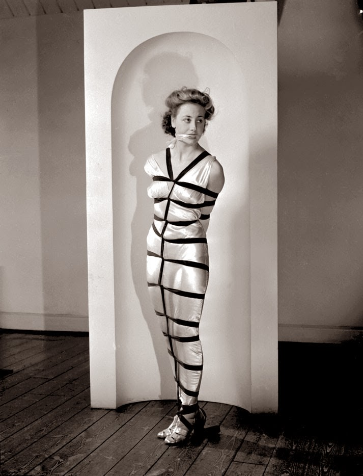Alternative Bondage Fashion from the 1940's (2)