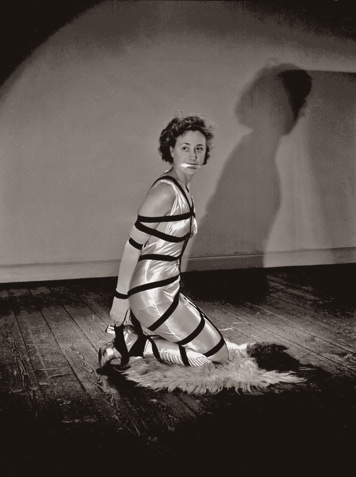 Alternative Bondage Fashion from the 1940's (4)