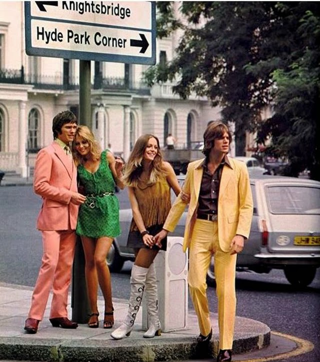 Fashion on London's Streets in the 1960s (20)