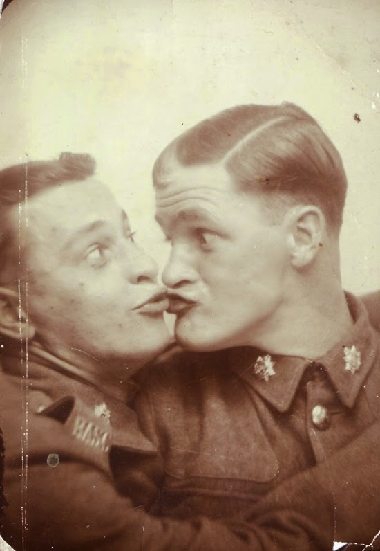 Men in Photobooth (5)