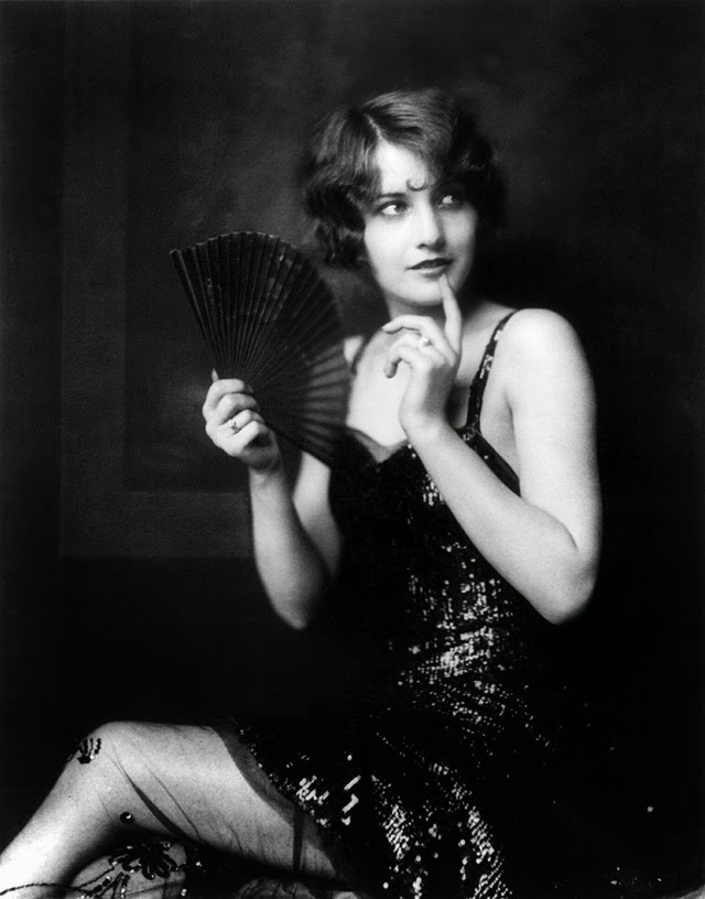 Ziegfeld Follies Showgirls from the 1920s by Alfred Cheney Johnston (1)