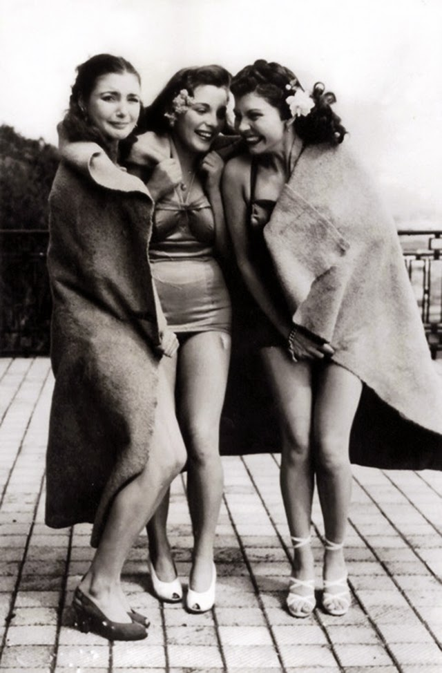 Cold girls in bathing suits, ca. 1940s