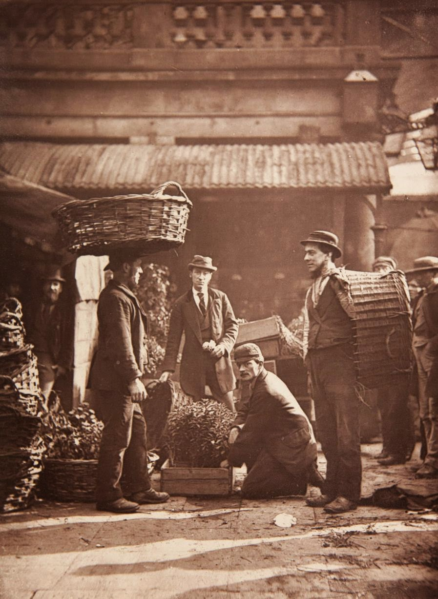 Street Life in London from the Victorian Era (5)