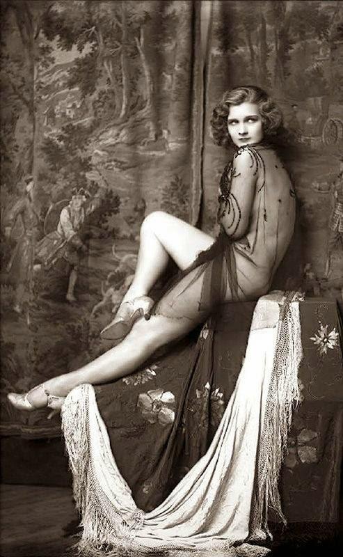 Vintage Ziegfeld Follies & Folies Bergère Costumes (13)