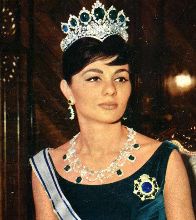 Young Farah Pahlavi (2)