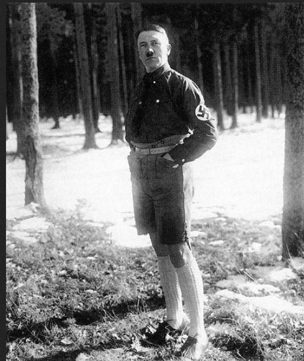 hitler_shorts_02