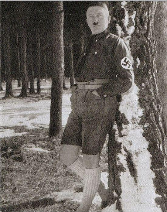 hitler_shorts_01