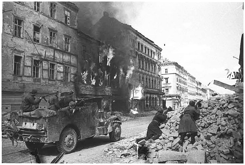russian-soviet-army-vienna-austria-1945-ww2-second-world-war-two-incredible-pictures-photos-images-003