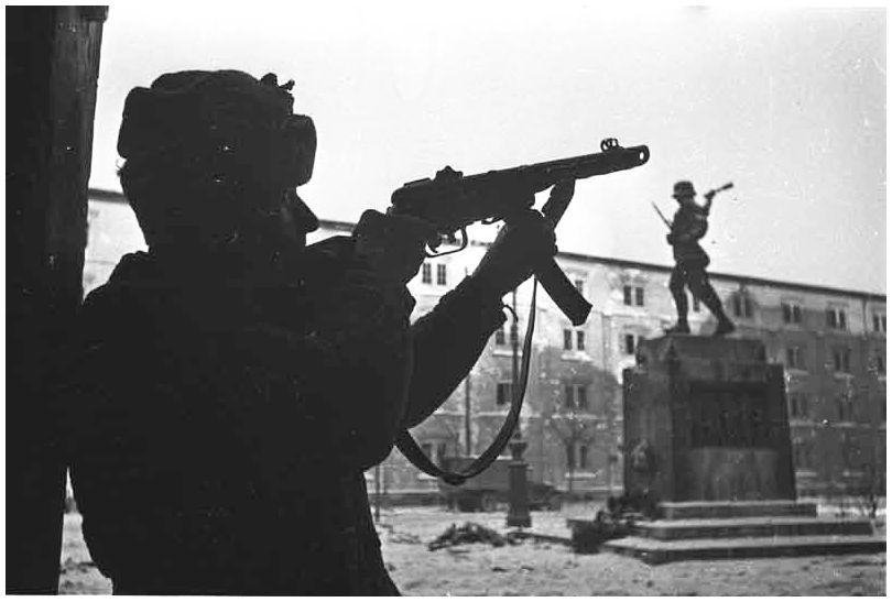 russian-soviet-army-vienna-austria-1945-ww2-second-world-war-two-incredible-pictures-photos-images-016