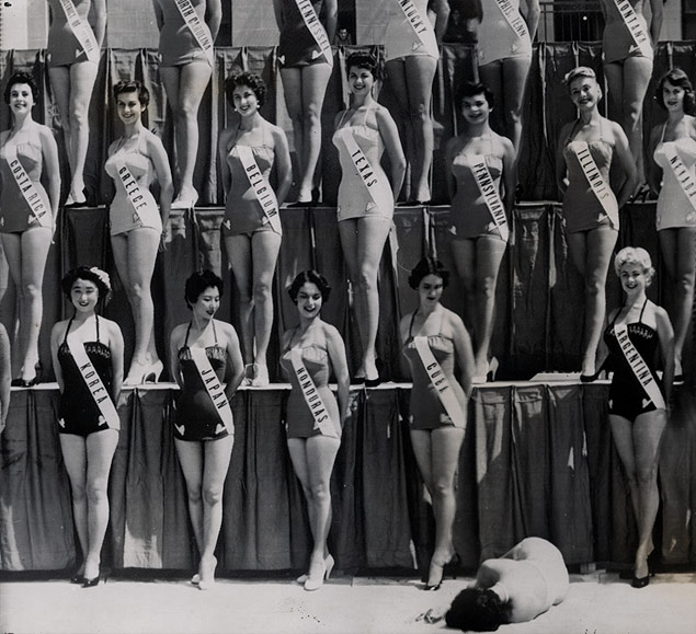 GRIFFITH_1954_Beauty-Contestant-Collapses