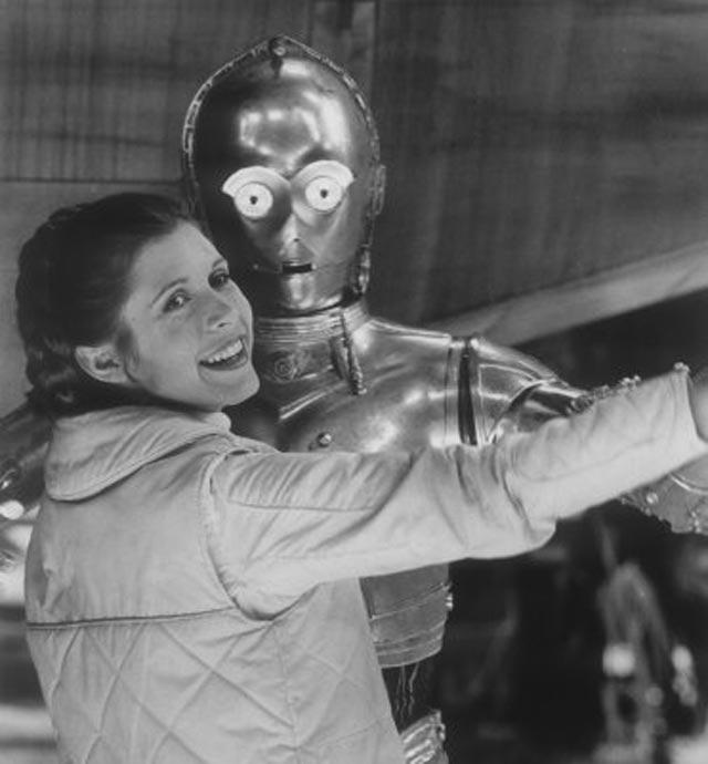 Princess-Leia-behind-the-scenes-starwars14