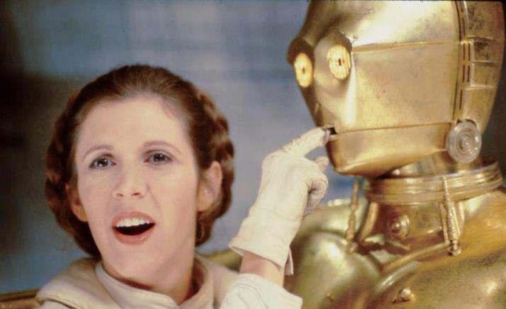 Princess-Leia-behind-the-scenes-starwars7