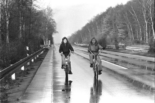 AutofreierSonntag1973_image_document_large_featured_borderless