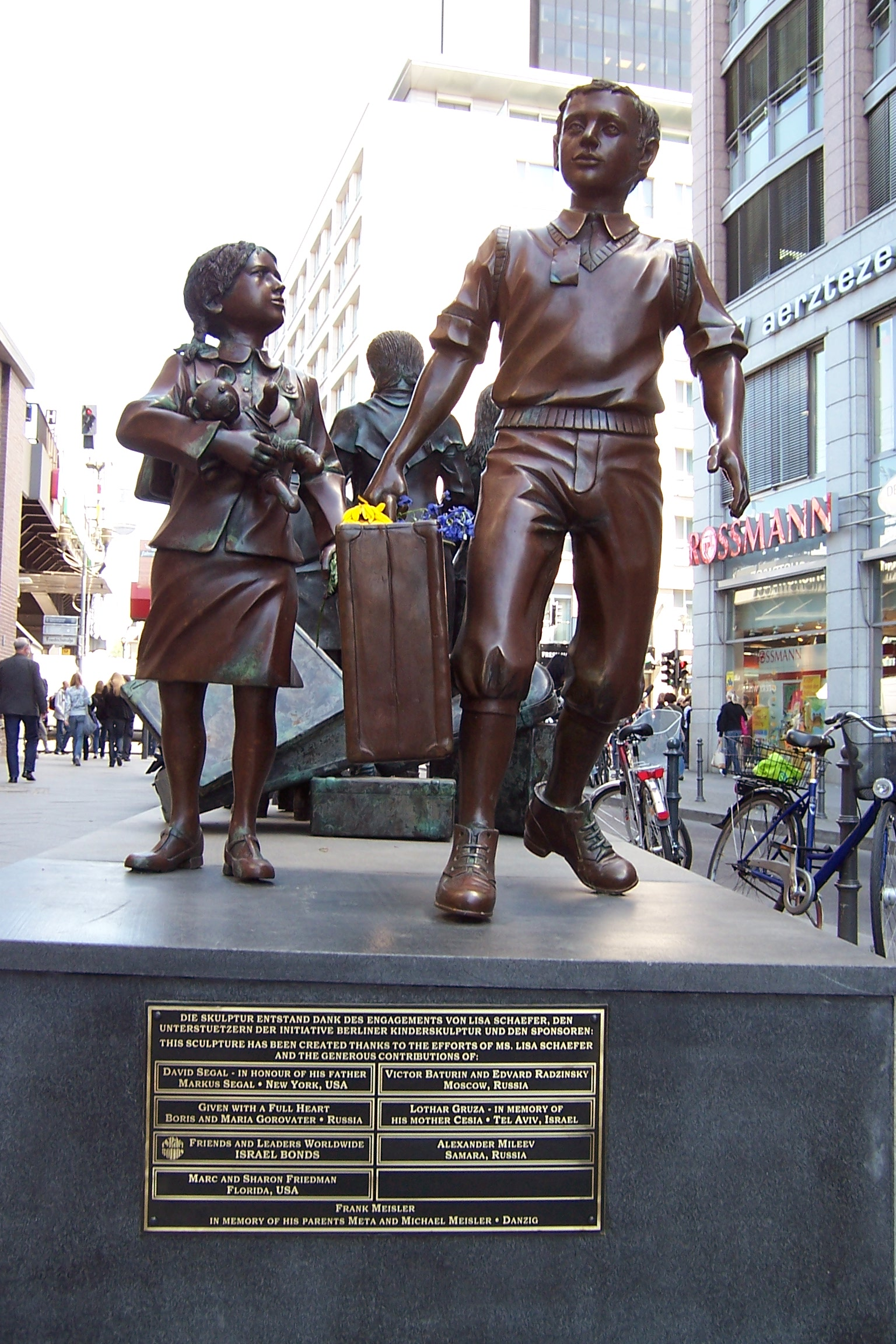 Kindertransport_Memorial_Berlin