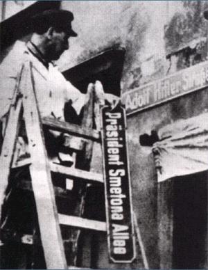 Klaipdėda_Region_1939.Adolf_Hitler_street