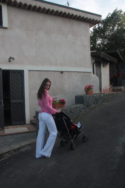 Алена Водонаева разместила в блоге очень личные фото