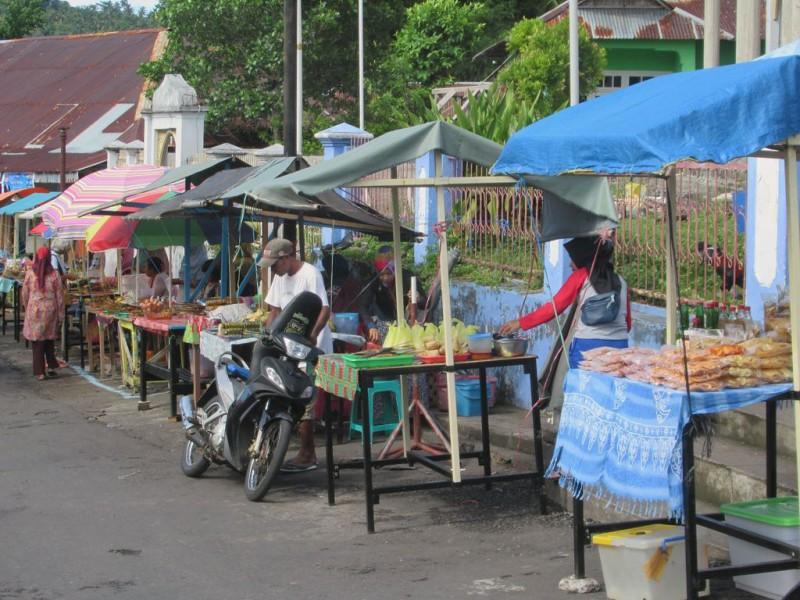 Уличные торговцы Банда-Нейра
