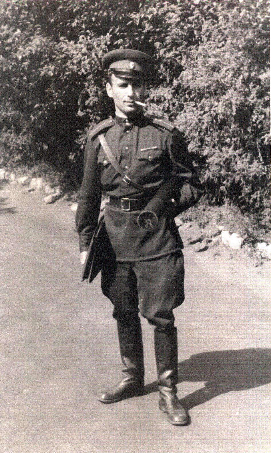 Выпускник танкового училища