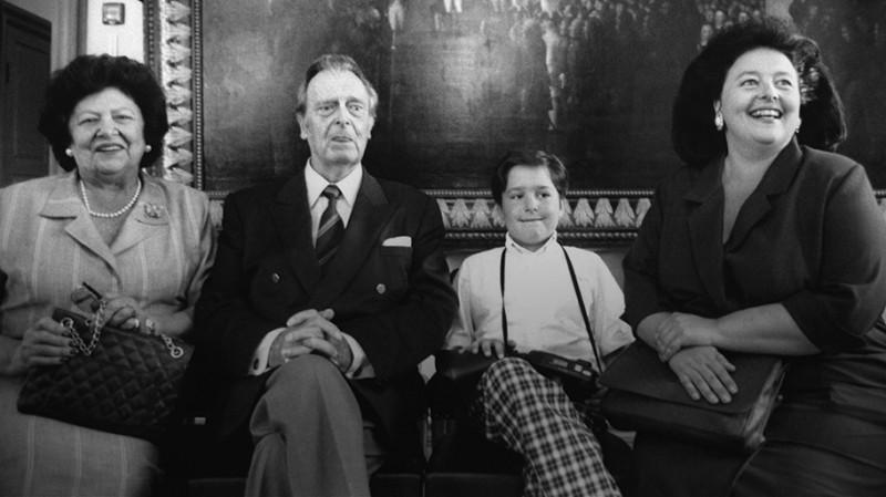 Владимир Кириллович с семьей