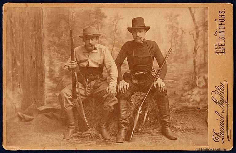 Луис Спарре (справа) в Карелии (1890 год)