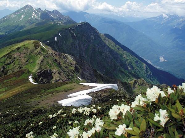 vidy-vysokogornogo-posyolka-krasnaya-polyana