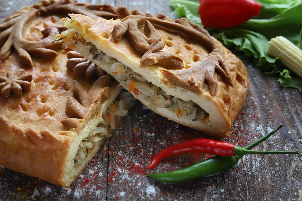 Албанский пирог с квашеной капустой
