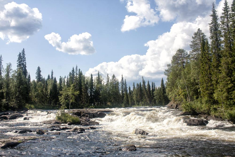 Сплав по рекам Красненькая-Кутсайоки-Тумча. Порог Водопадный