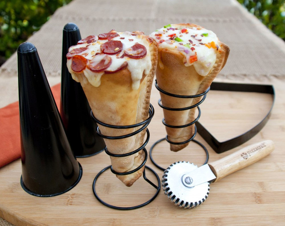 pizzacraft-grilled-pizza-cone-set-1