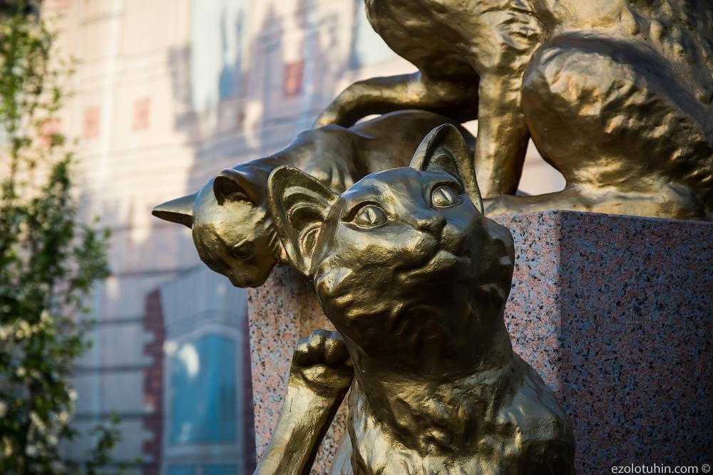 Как сибирские коты спасли Эрмитаж кошек, котов, кошки, официально, Эрмитажа, Сибири, подвалов, просто, отправили, дворцы, установлены, Ленинград, Тюмени, Ленинграде, Вообще, Елизаветы, императрицы, ПетровныКаждый, времен, имеет