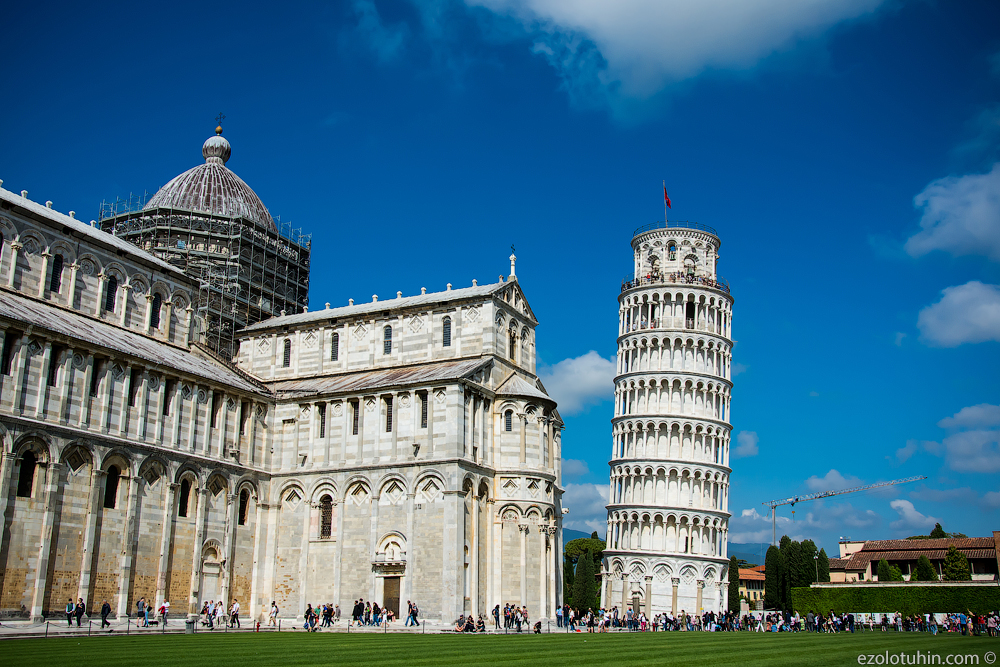 Пиза. Площадь чудес и та самая башня башни, архитектуры, этого, которой, согласно, почти, тысячи, место, Галилей, время, стиль, наклон, строительства, существования, эксперимент, собора, проекта, Италии, наклоняться, начала
