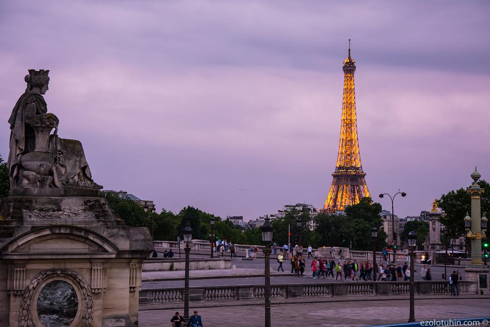 Париж без бомжей, мусора и беженцев. Прогуляемся?