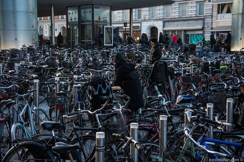 Город счастья, велосипедов и однополых браков. Прогулка по Копенгагену город, очень, Копенгаген, здесь, велосипеды, жителей, продают, однополые, многие, цветы, такие, канала, Нюхавн, вдоль, браки, метров, скандинавы, города, Красиво, башня