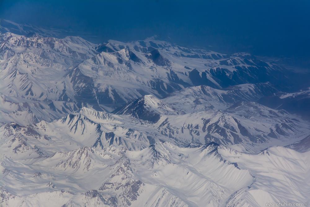 Перелет в Таджикистан. Самые лучшие авиапассажиры и самые красивые виды из иллюминатора.