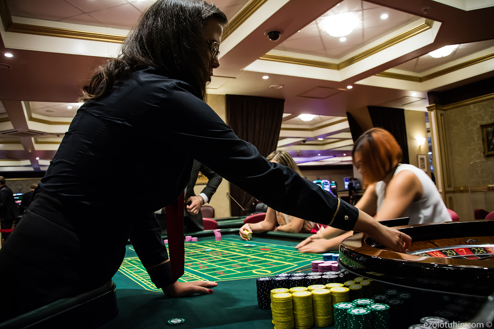 слоты казино играть на деньги